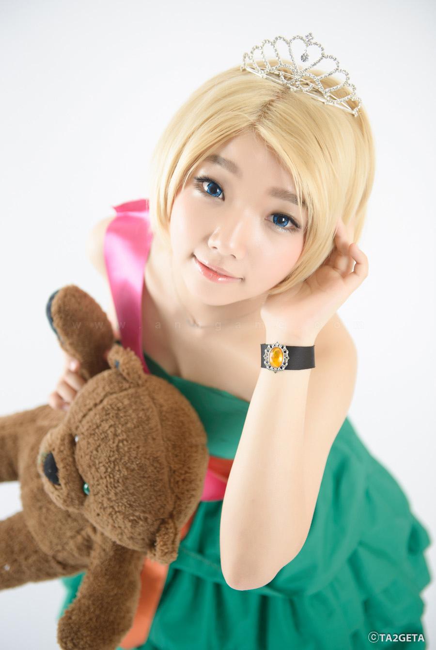 Ngắm cosplay Annie Hoa Hậu cực xinh - Ảnh 1