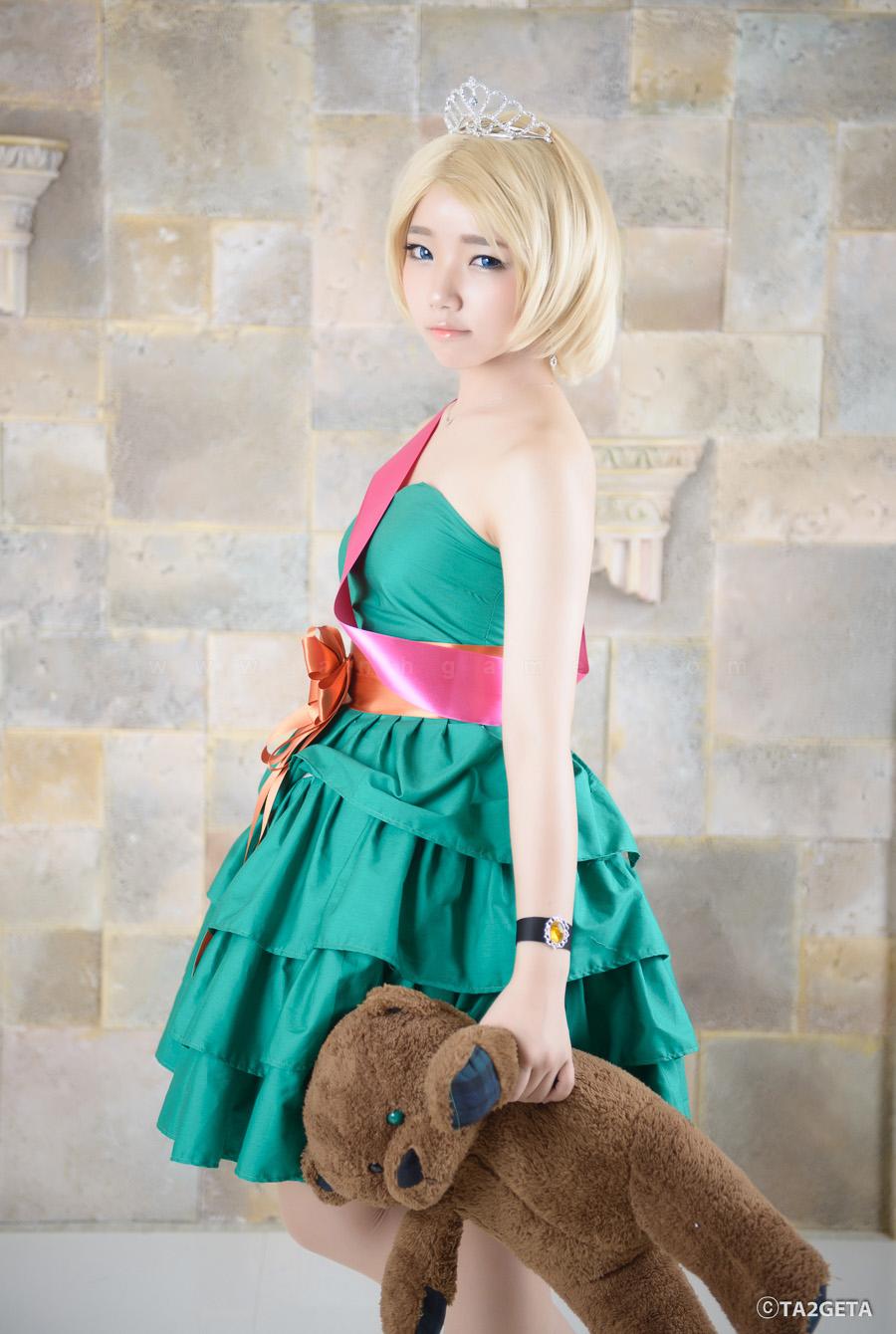 Ngắm cosplay Annie Hoa Hậu cực xinh - Ảnh 3