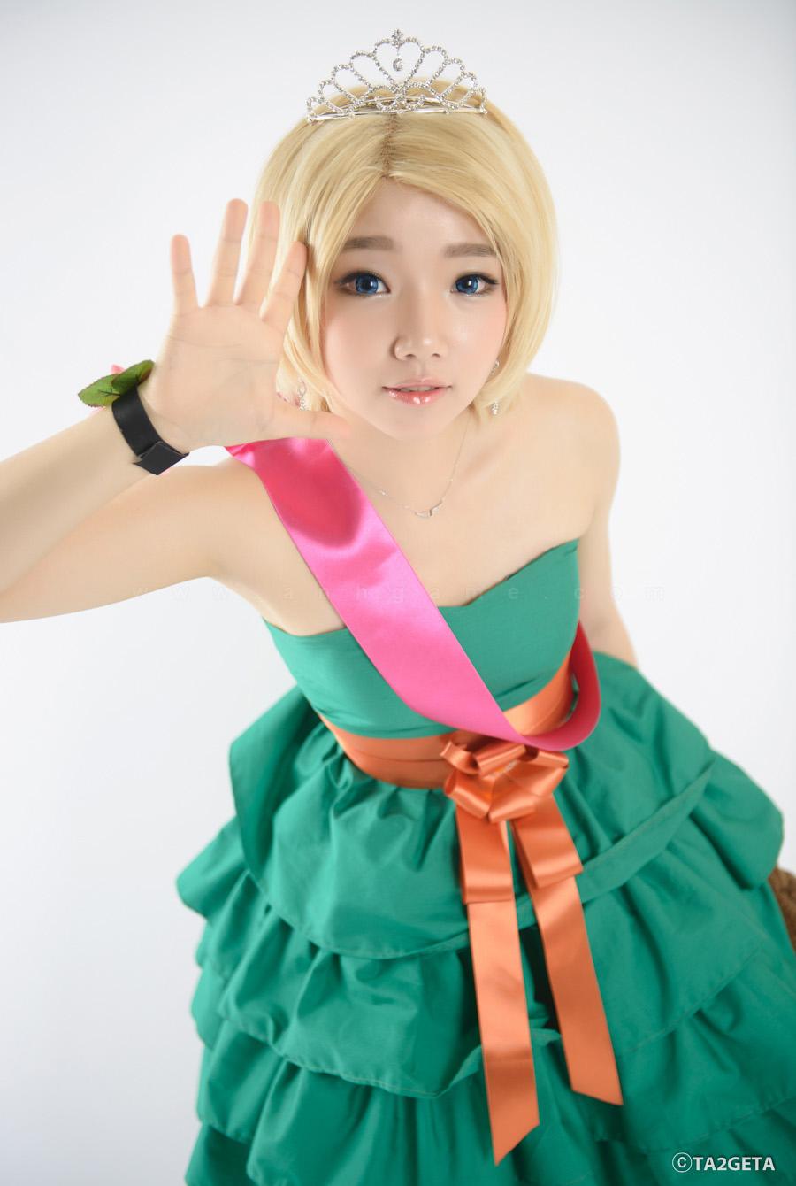 Ngắm cosplay Annie Hoa Hậu cực xinh - Ảnh 6