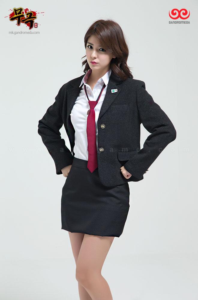 Fuji Mina cực quyến rũ với trang phục nữ sinh - Ảnh 7