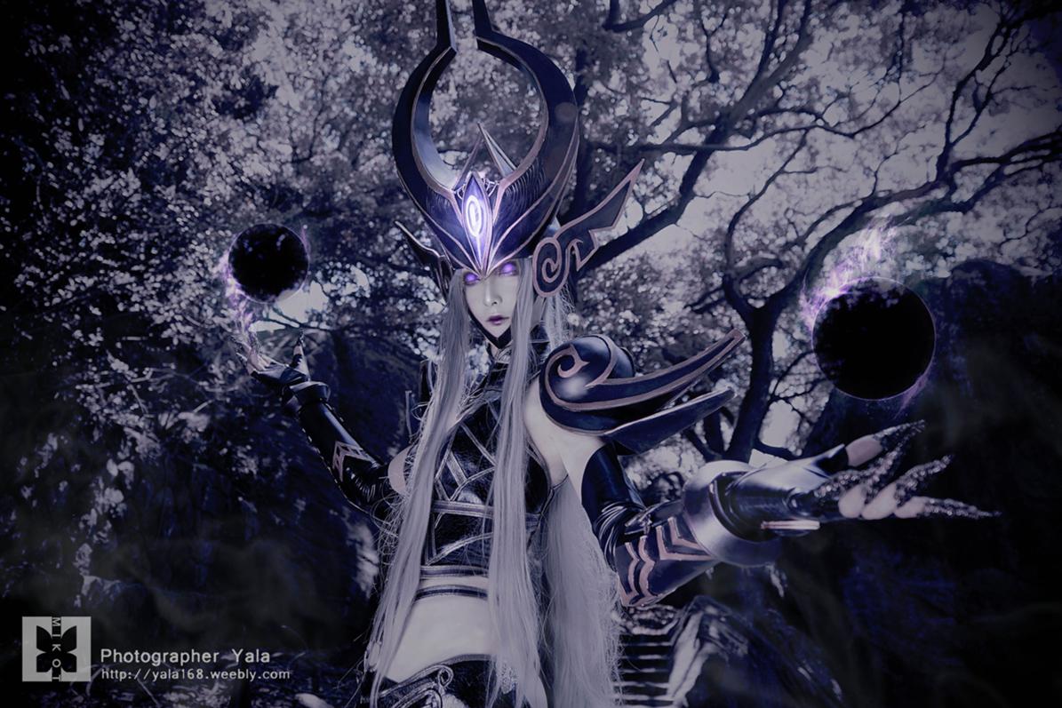 Cosplay Syndra cực ma mị của Milkot - Ảnh 4